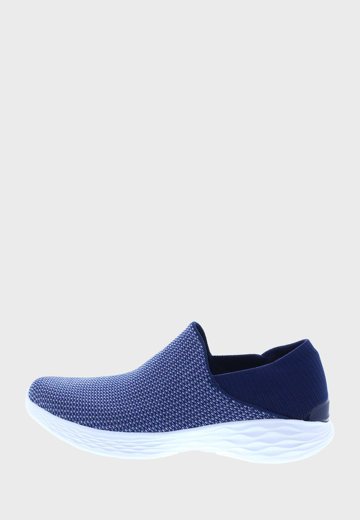 حذاء يو بنمط جورب