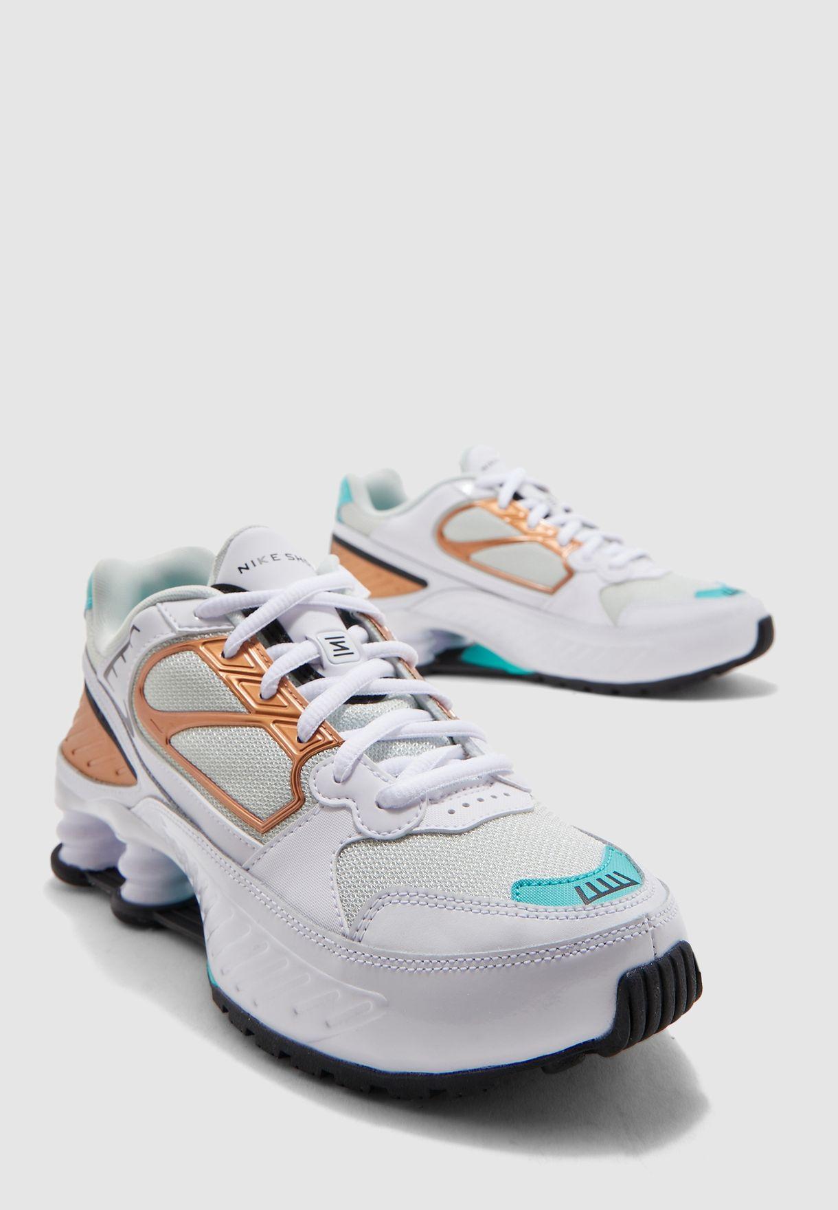 حذاء شوكس اينيغما