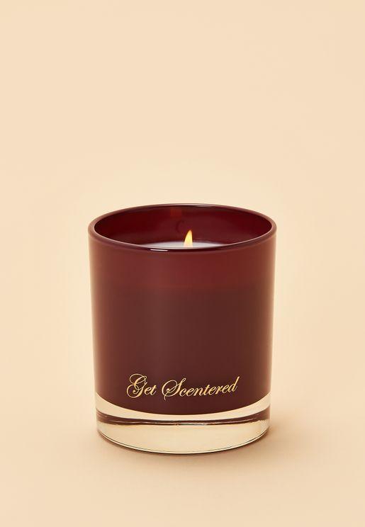 شمعة عطرية برائحة خشب الارز