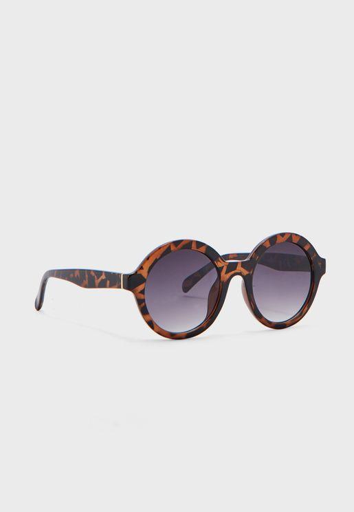 نظارة شمسية بإطار مستدير