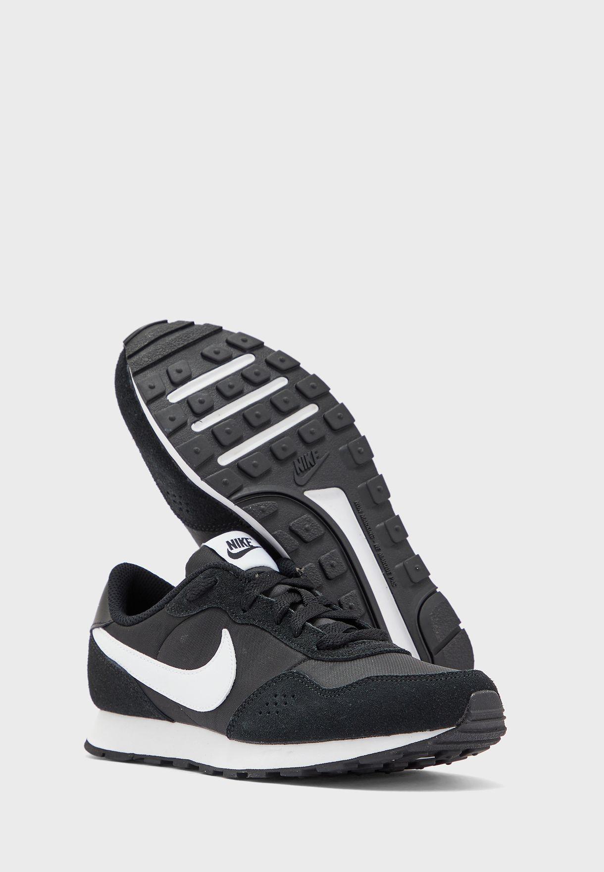 حذاء ام دي فاليانت