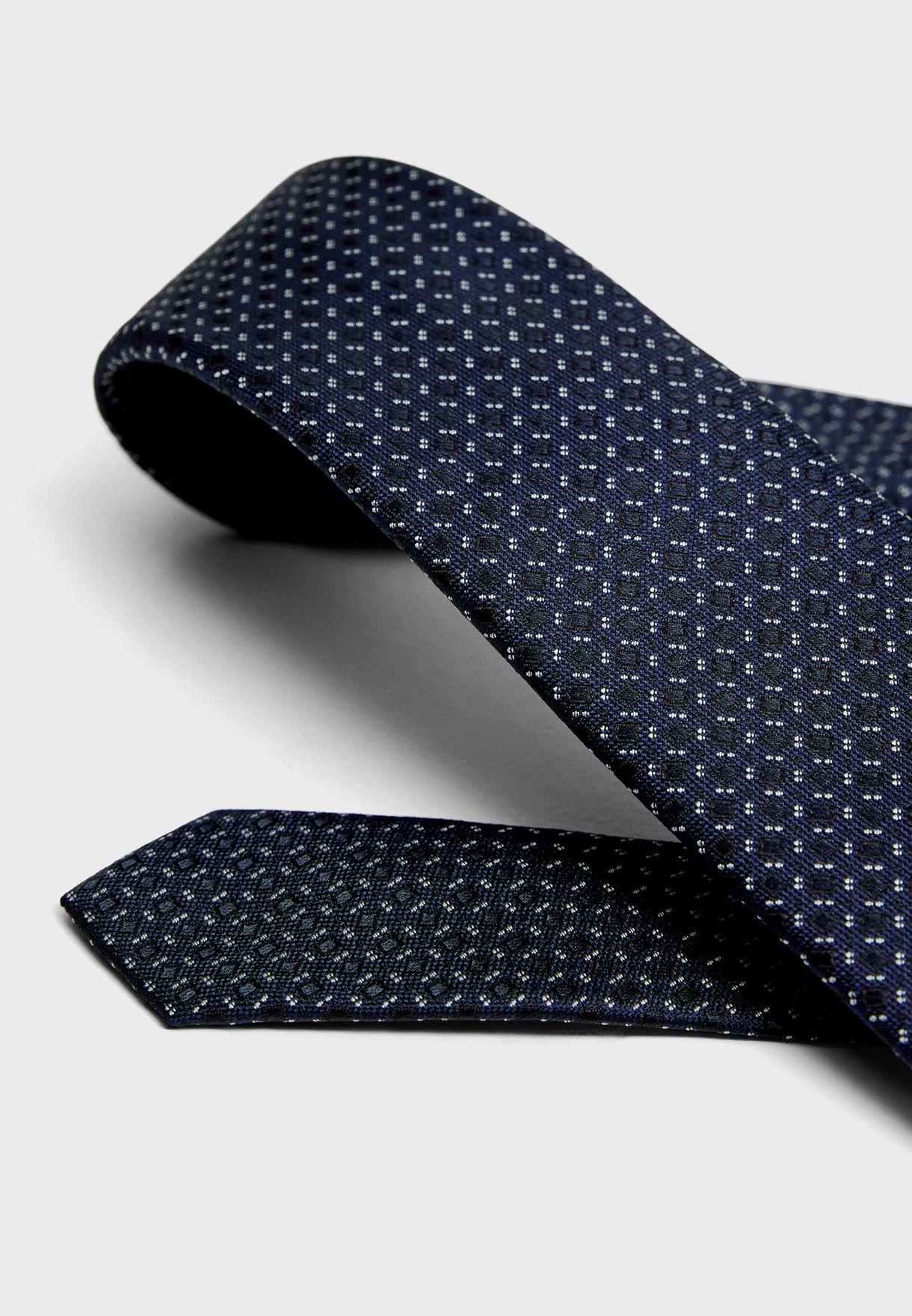 Lines Tie