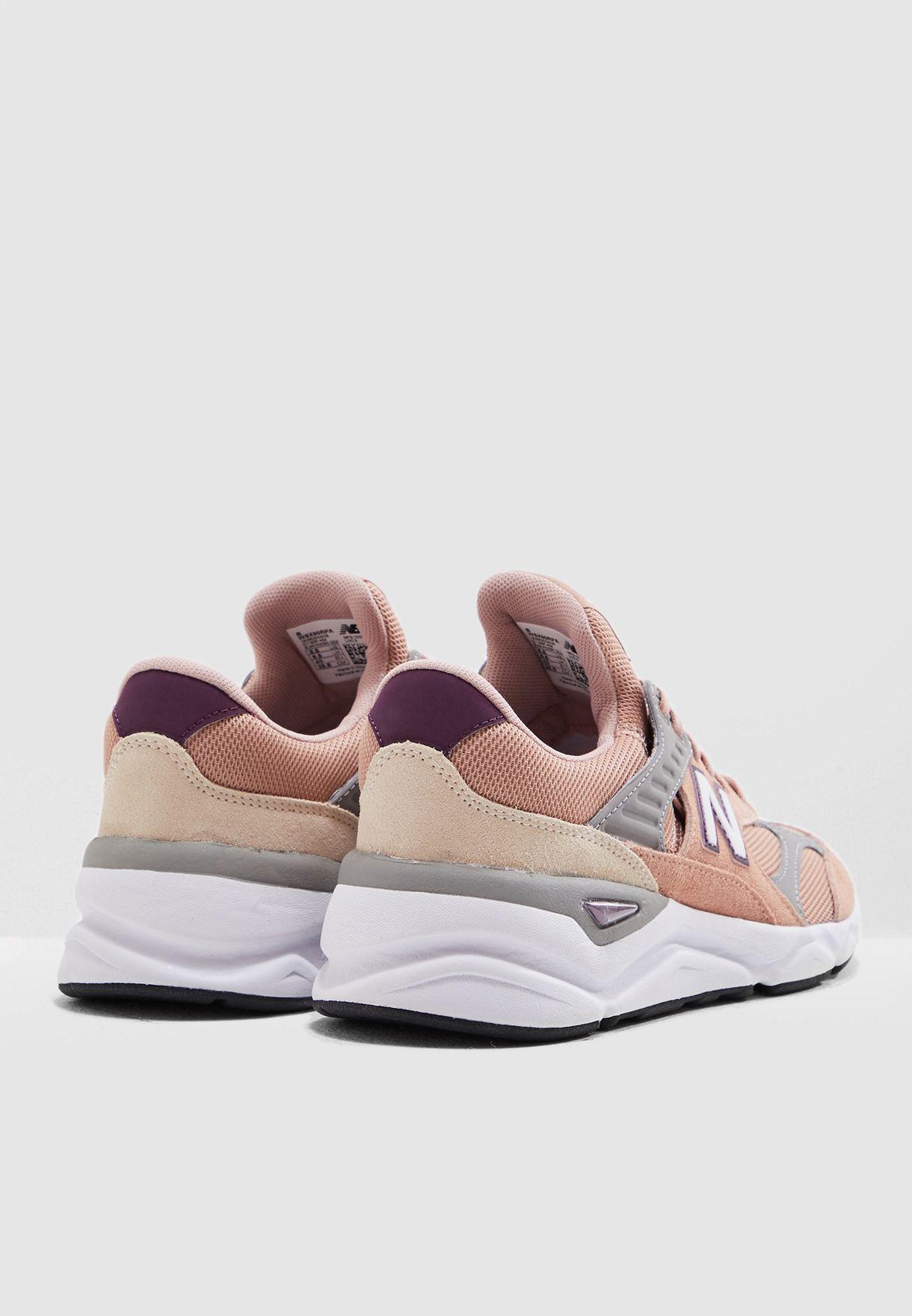 حذاء رياضة اكس 90
