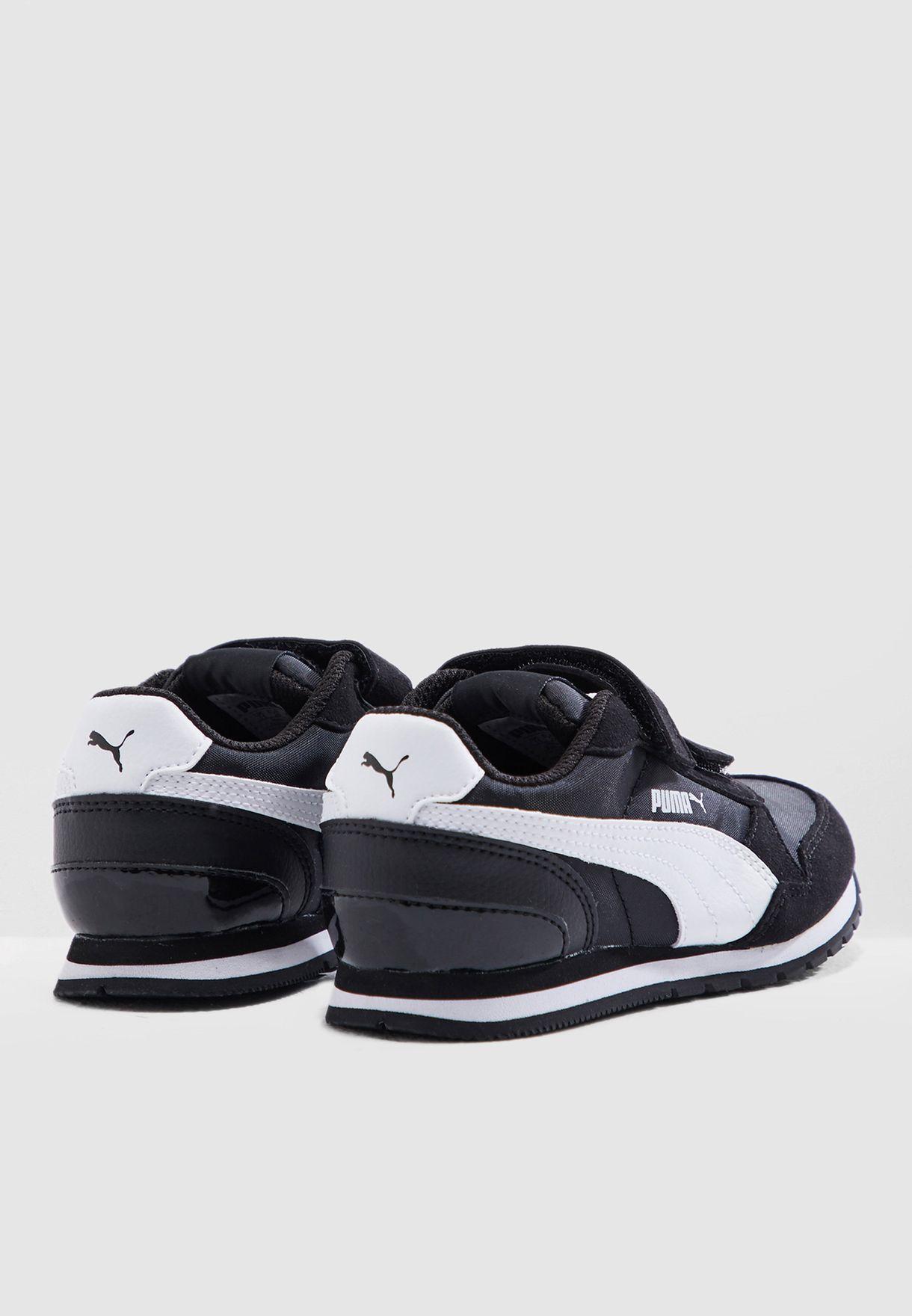 حذاء رنر في 2