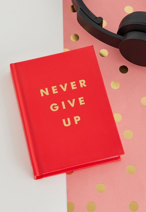 "كتاب "" Never Give Up"""