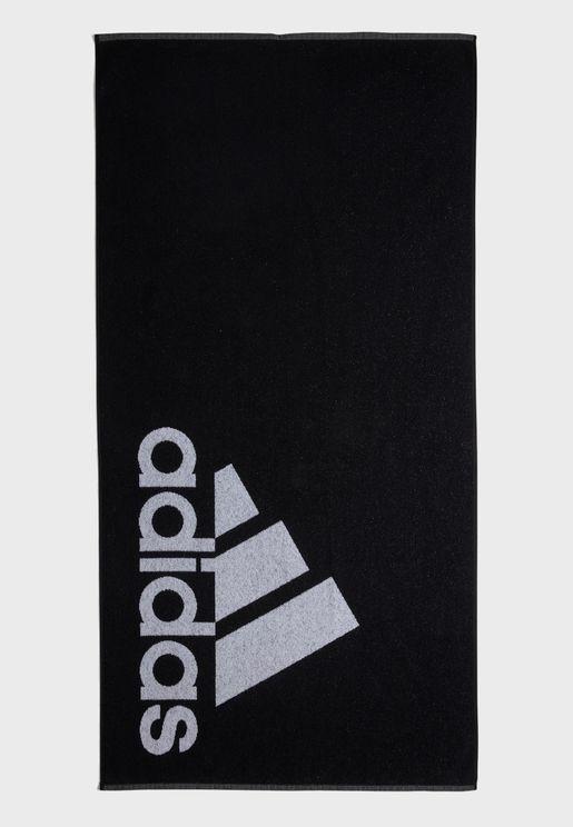 منشفة بطباعة شعار الماركة