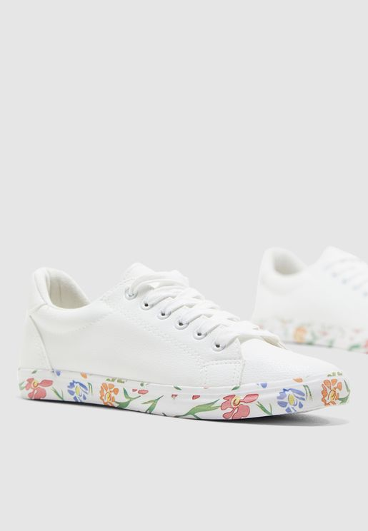 Sneaker With Printed Sole