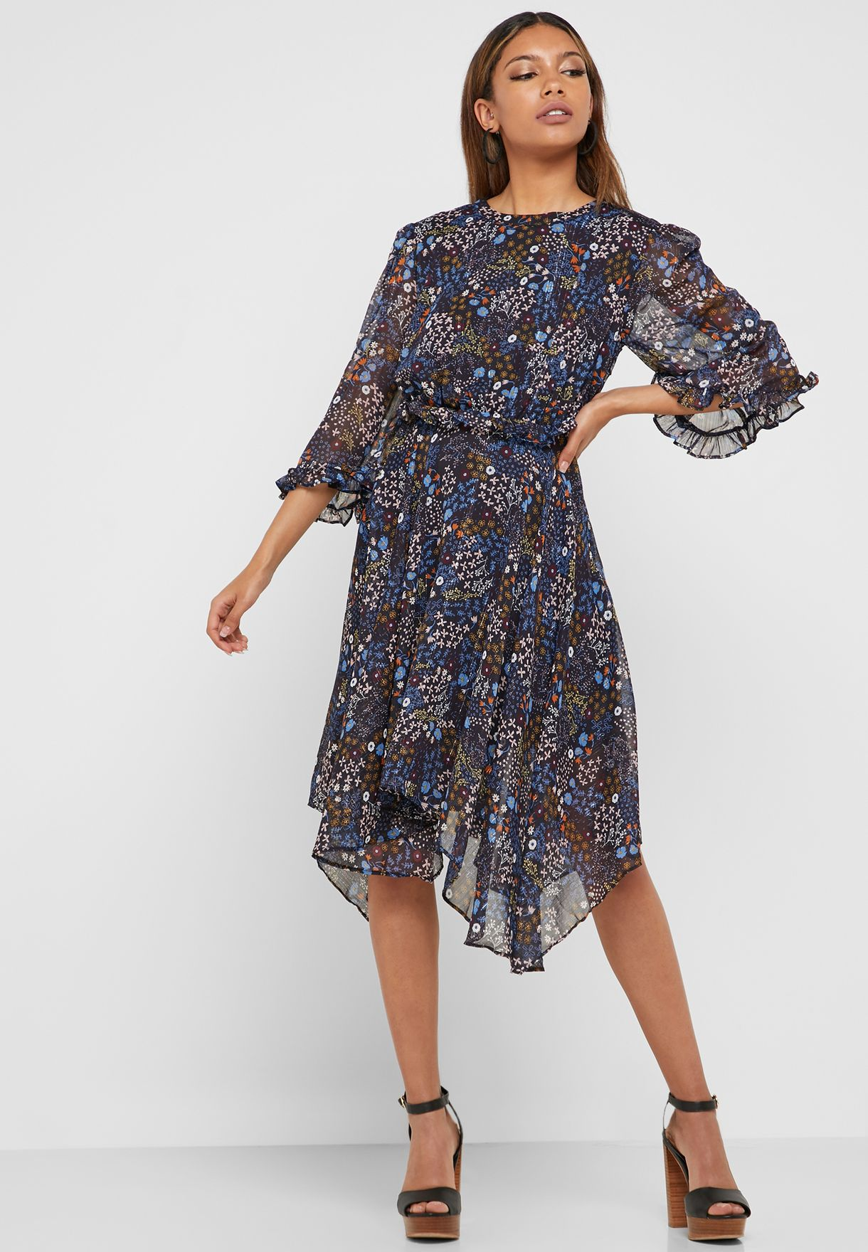 فستان مطاطي