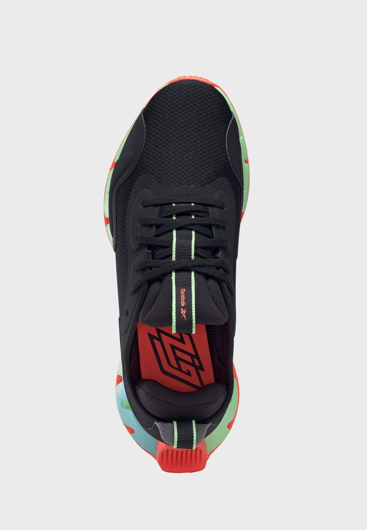 حذاء زيج ديناميك
