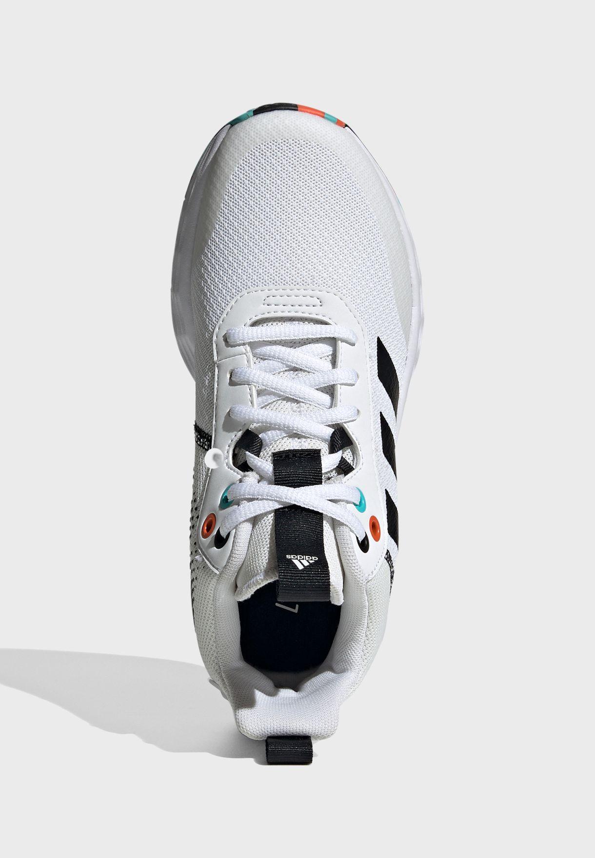 حذاء اون ذا جيم 2.0