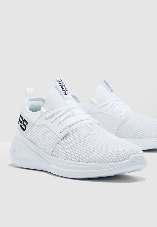 uk availability a1d55 adfd2 Sports Shoes for Men   Sports Shoes Online Shopping in Dubai, Abu ...