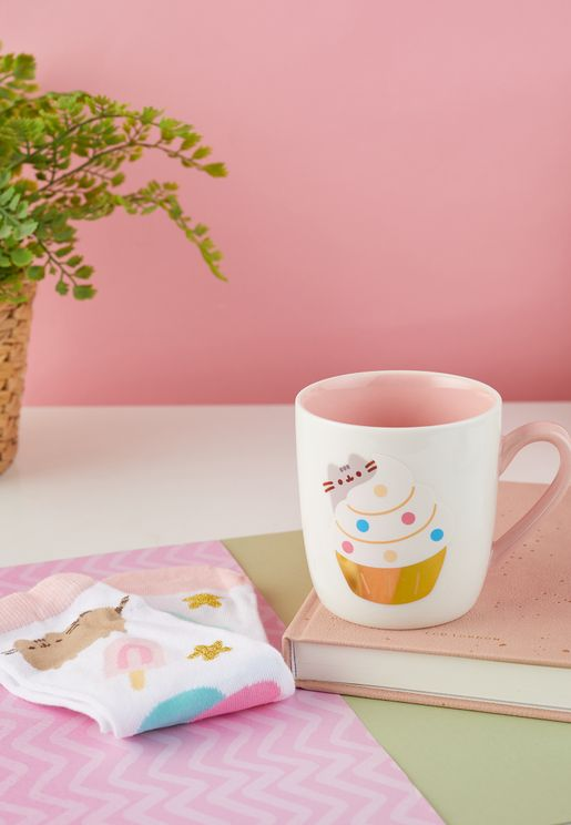 Pusheen Mug & Socks Gift Set