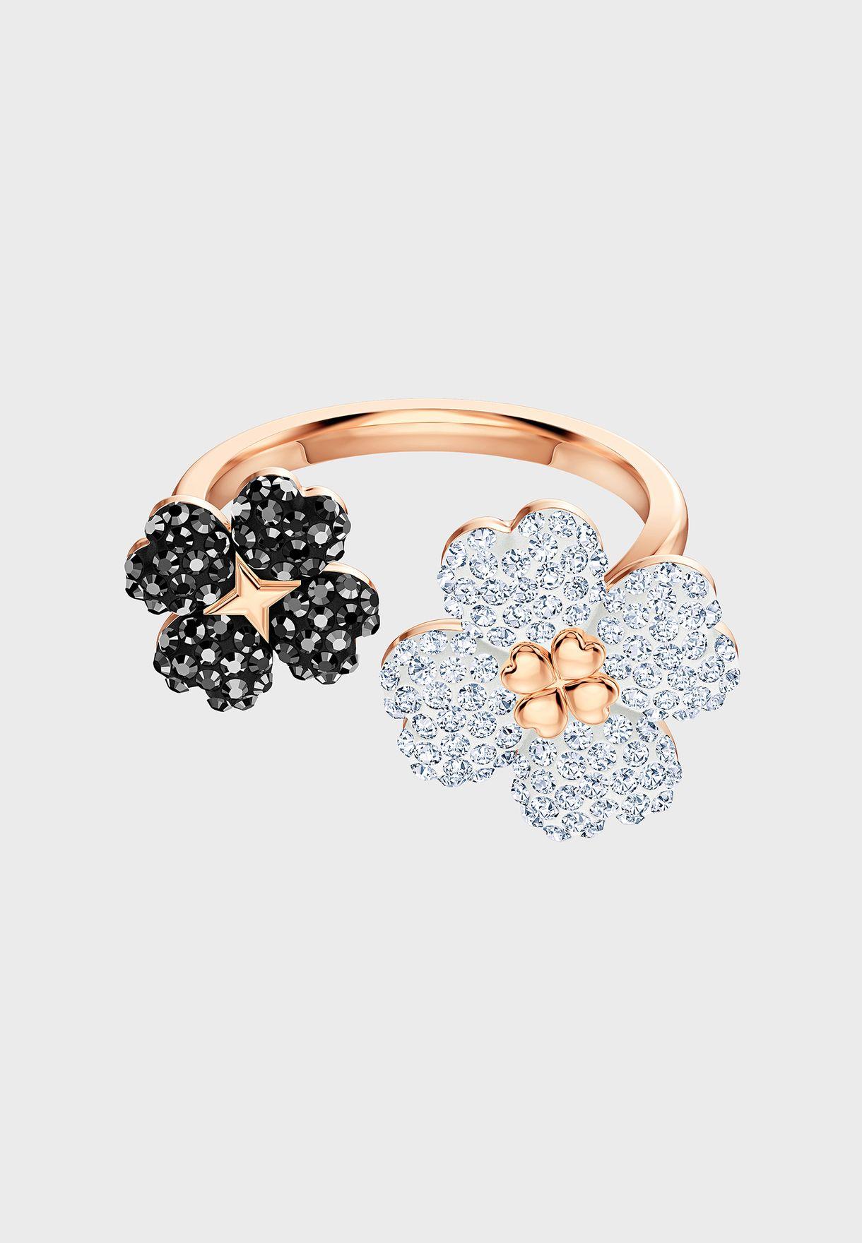 Latisha Ring
