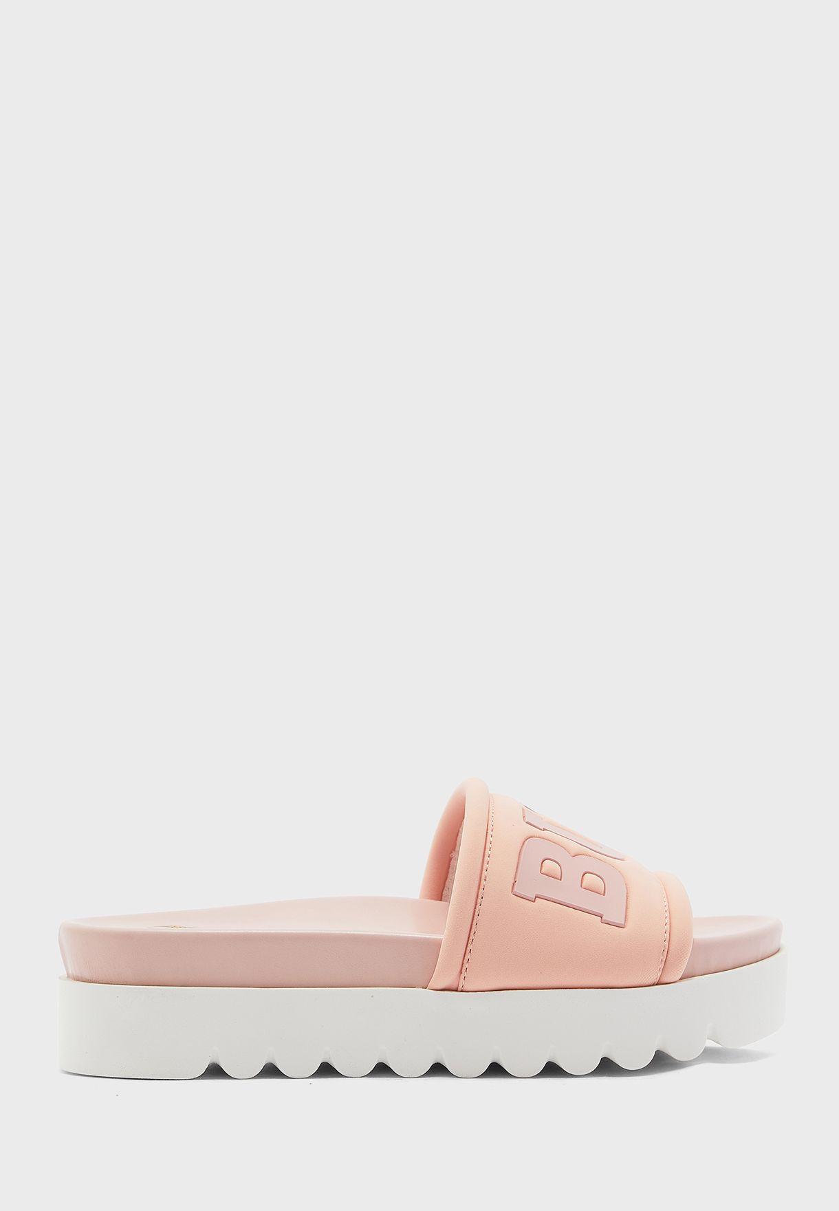 Edona Flat Sandal