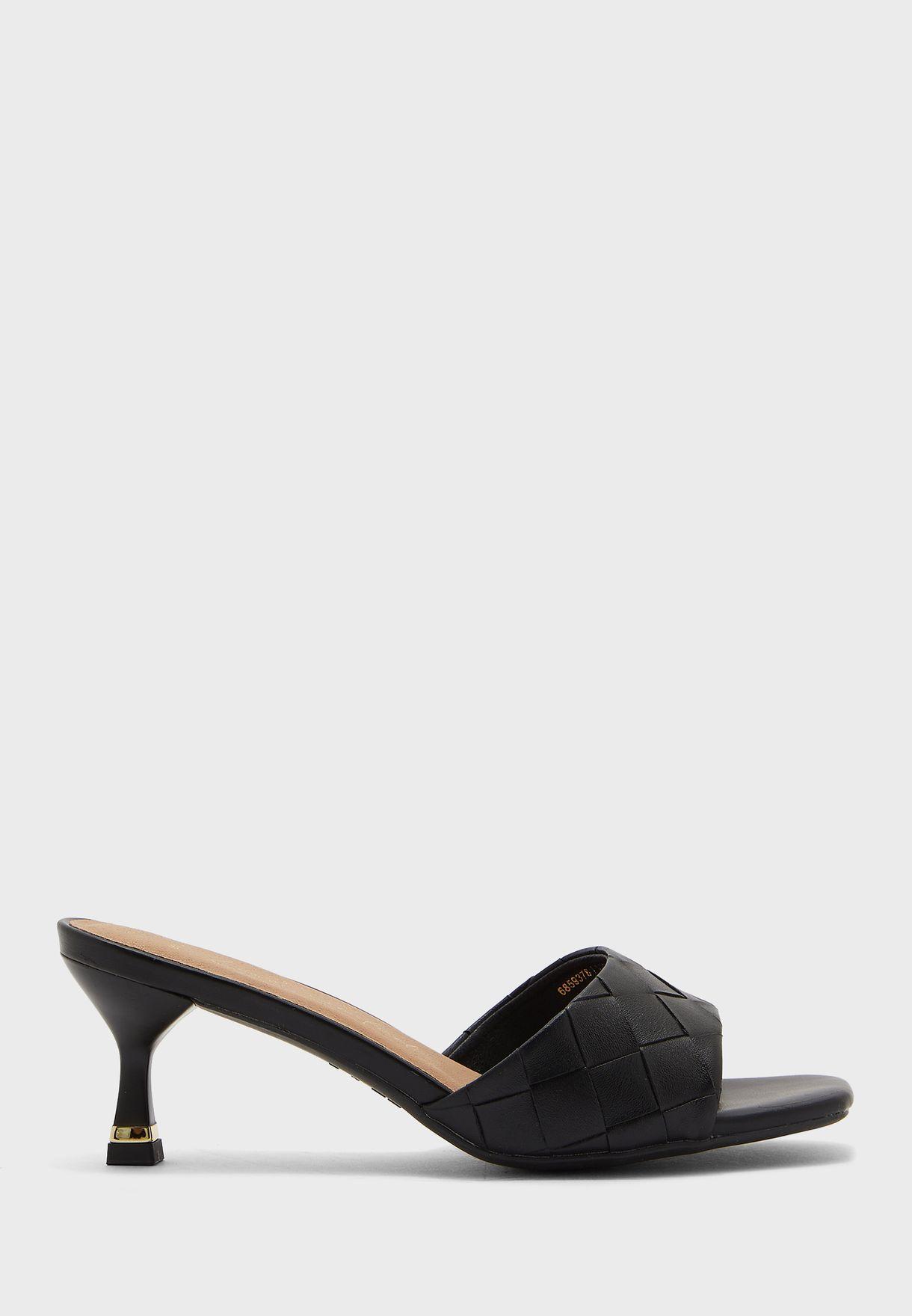 Quilt  Low Heel Sandals