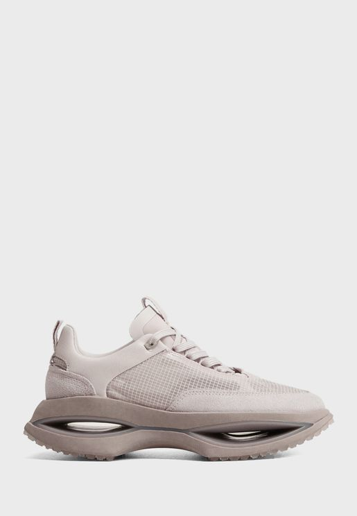 Iconic Low Top Sneakers
