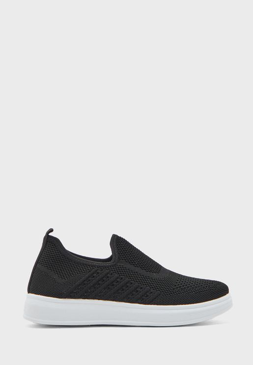 Knit Pull On Comfort Sneakers