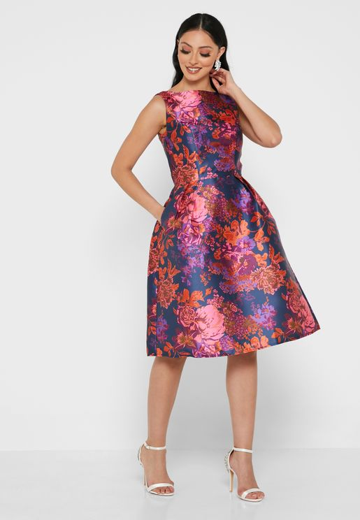 Printed Pleat Detail Dress