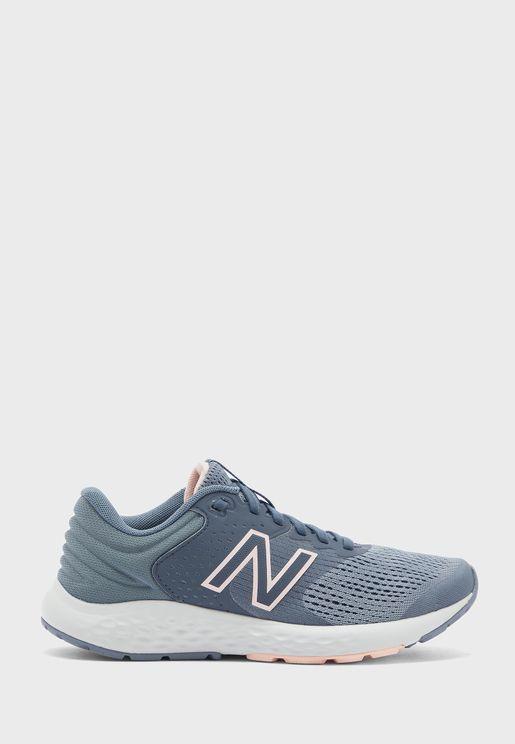 حذاء 520