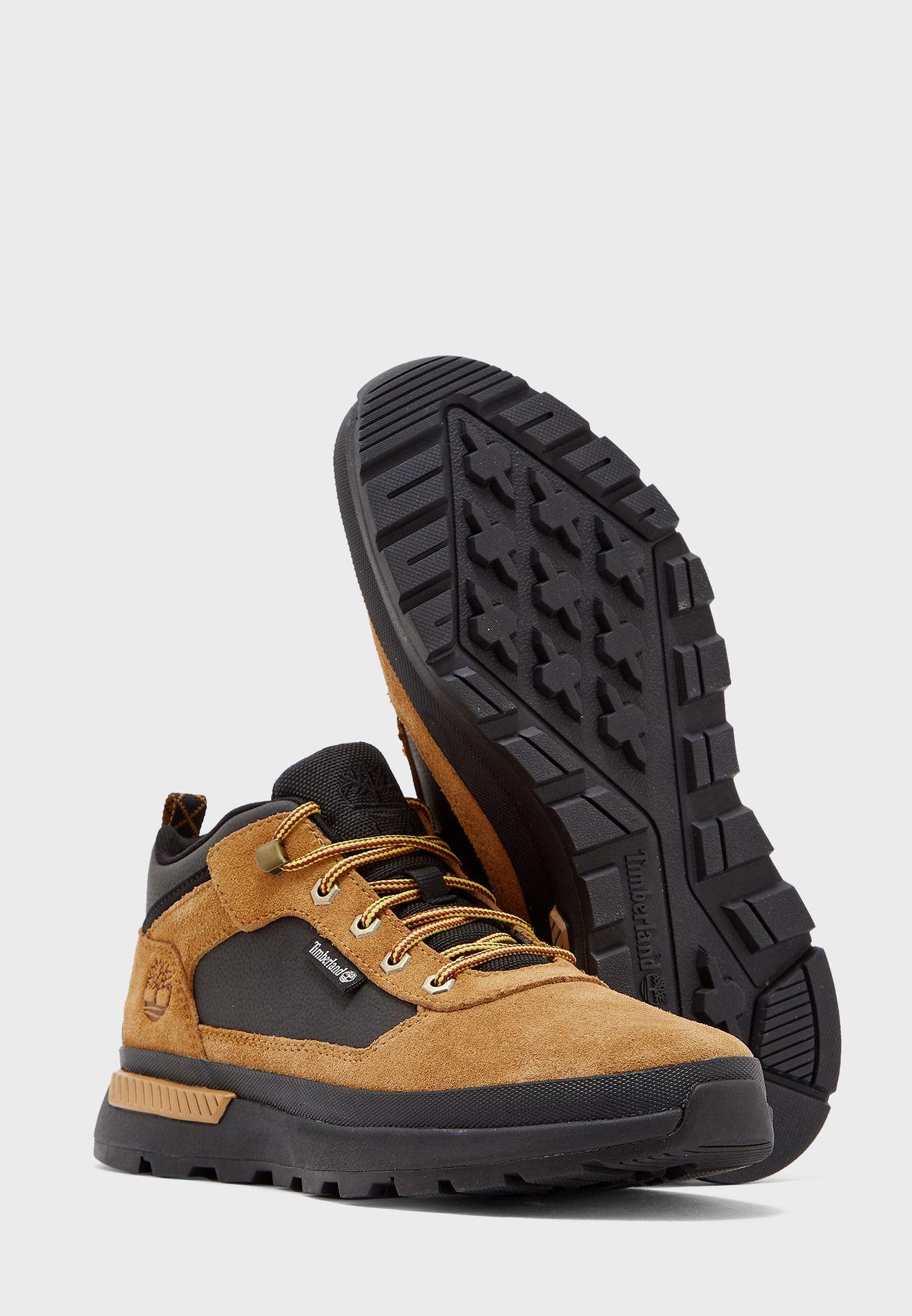 حذاء فيلد تريكير لو