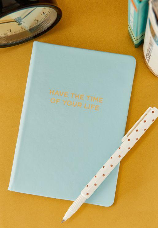 دفتر يوميات بغلاف صلب