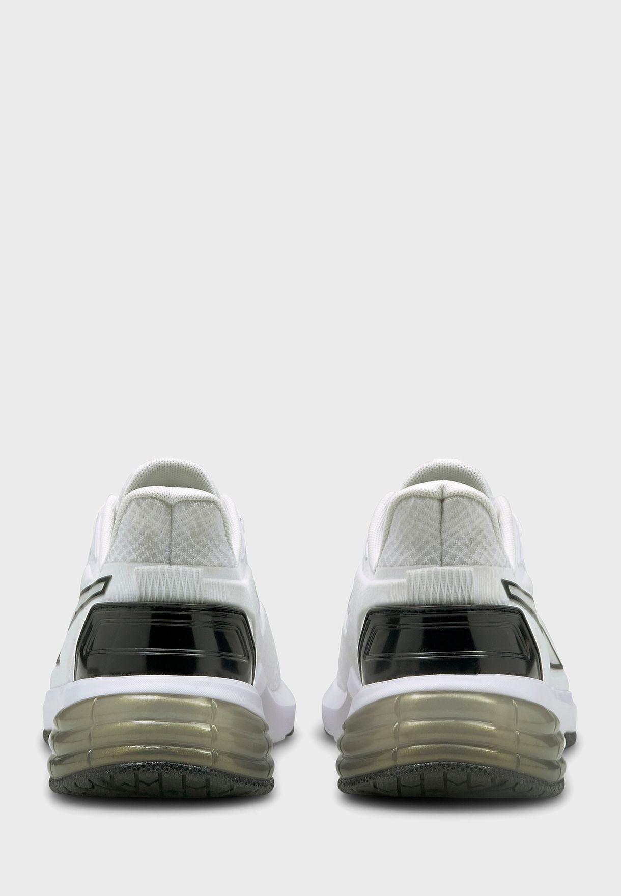 حذاء ليفل اب اكس تي موتو