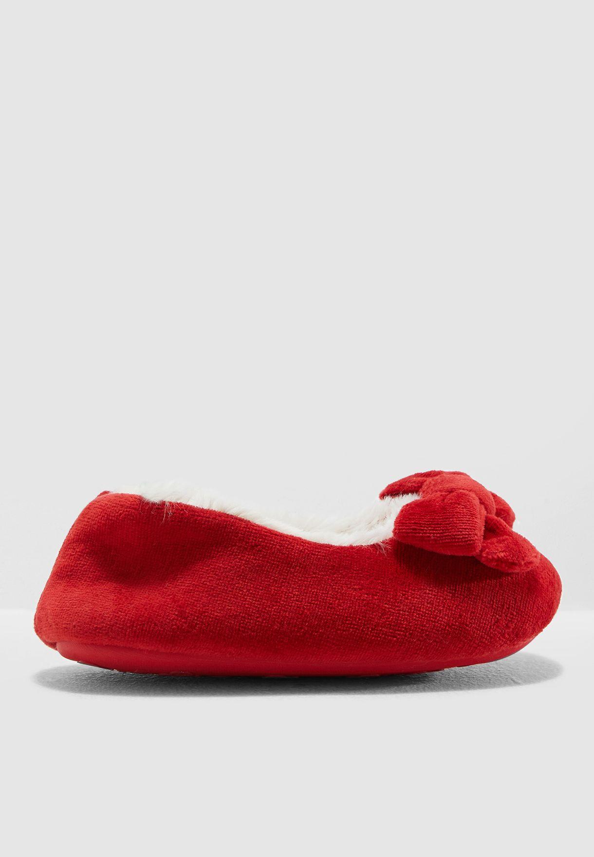 حذاء مريح مزين بفيونكة