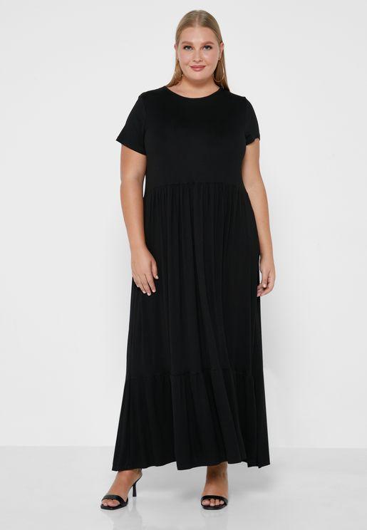 فستان ماكسي بطبقات متعددة