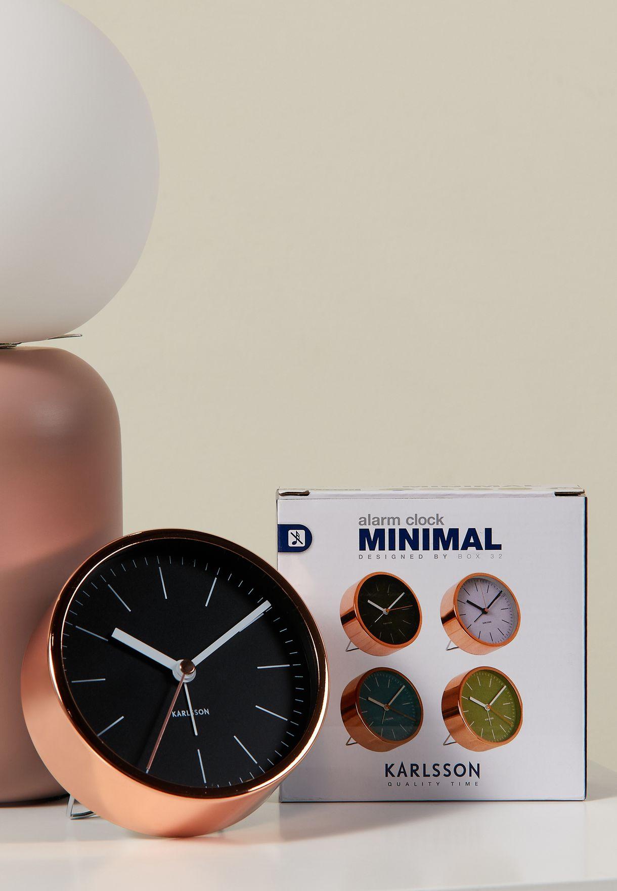 ساعة نحاسية صغيرة