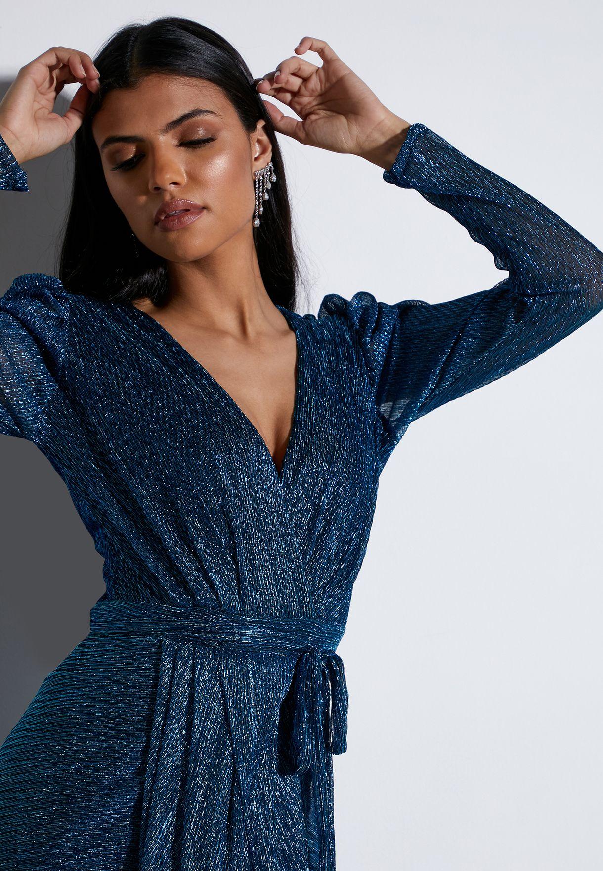 فستان ميتاليك