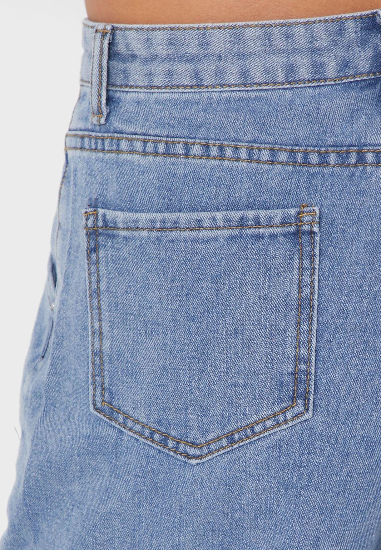 بنطال جينز بقصة الامهات