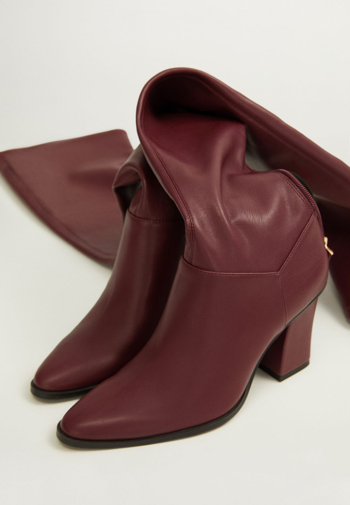 Rolo Knee Boot