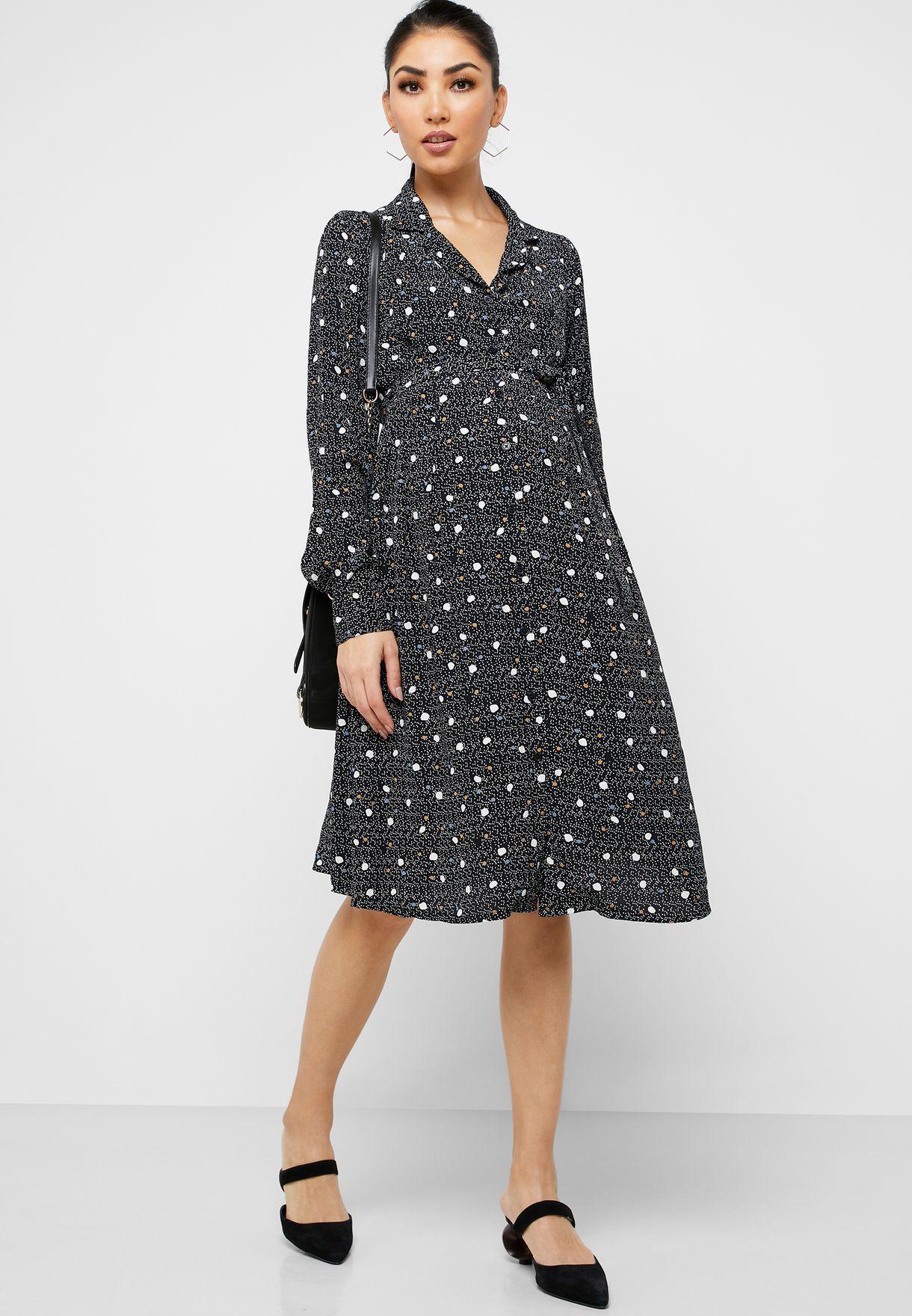 فستان بنمط قميص مع طبعات