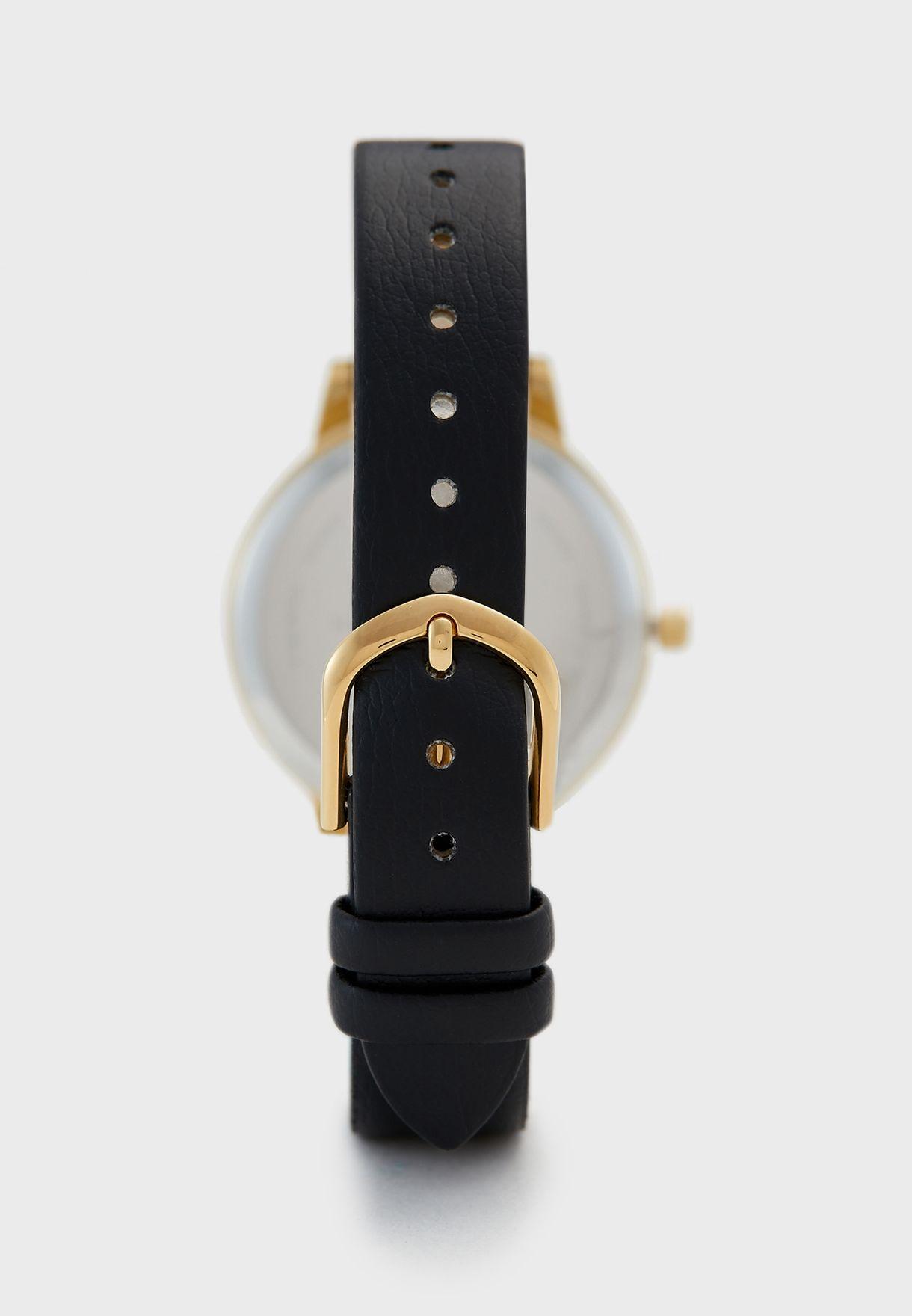 ساعة انالوج مزينة بنحلة ثلاثية الابعاد