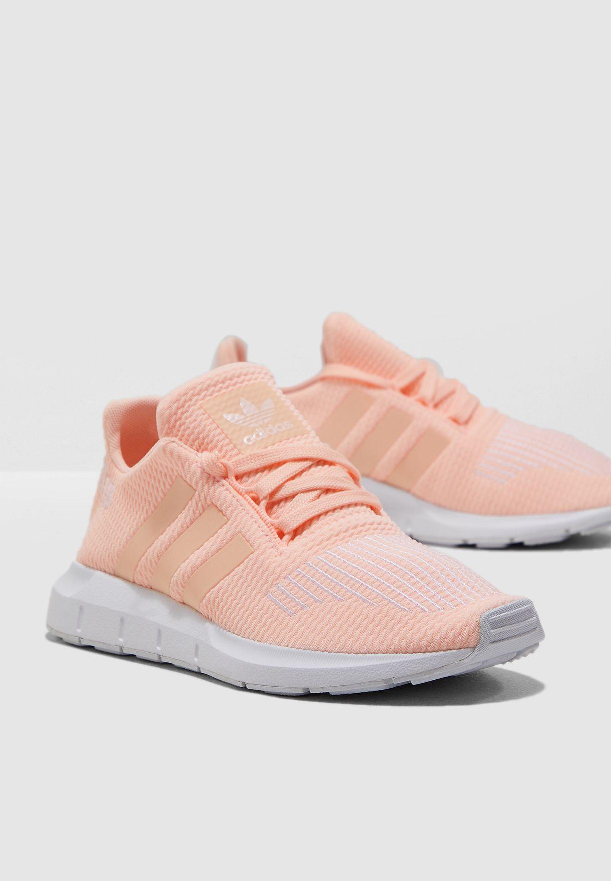 0e0b9d7a32117 Shop adidas Originals pink Youth Swift Run CG6910 for Kids in Saudi ...
