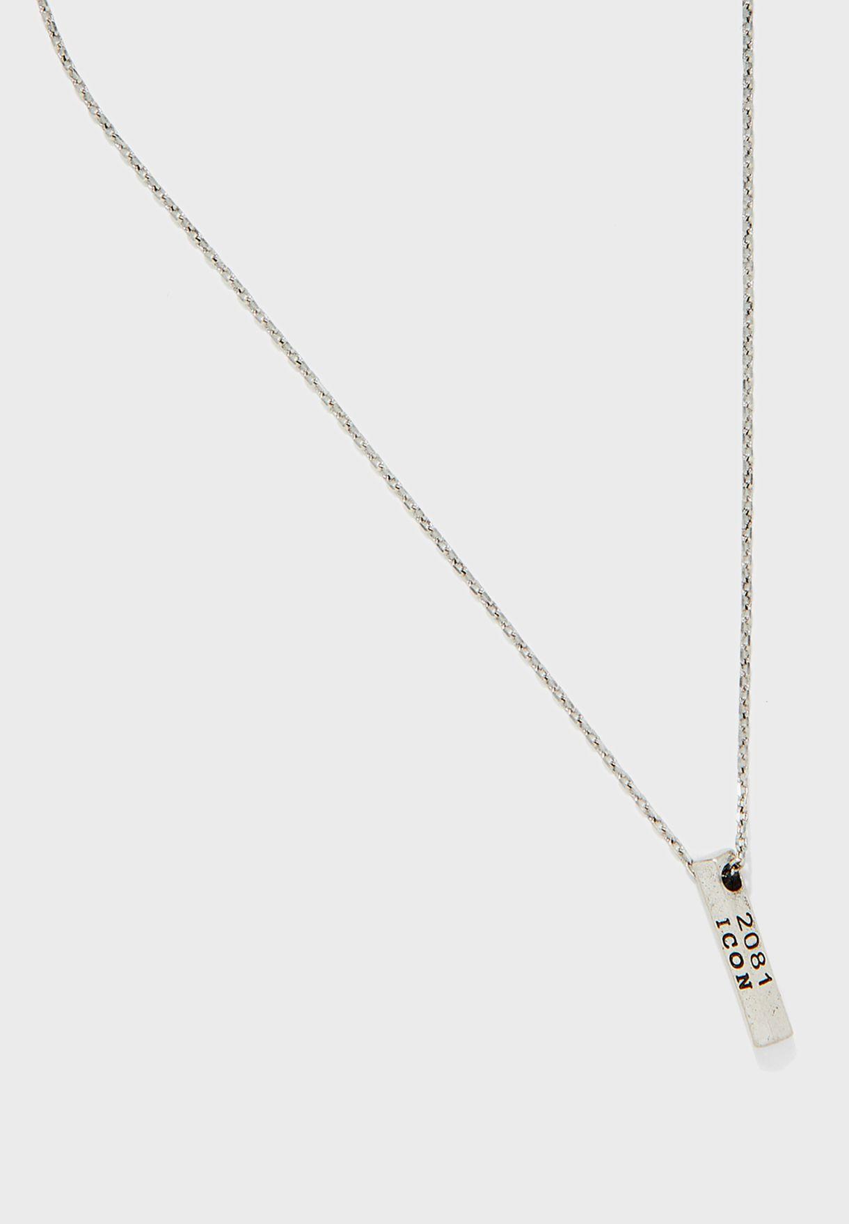 Hardware Design Pendant Necklace