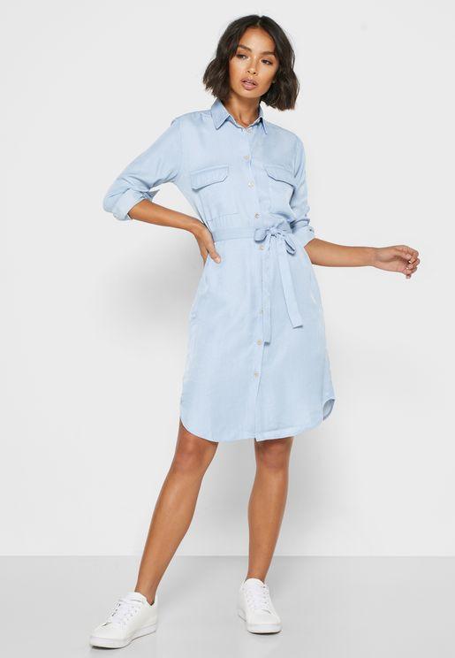 فستان جينز بنمط قميص