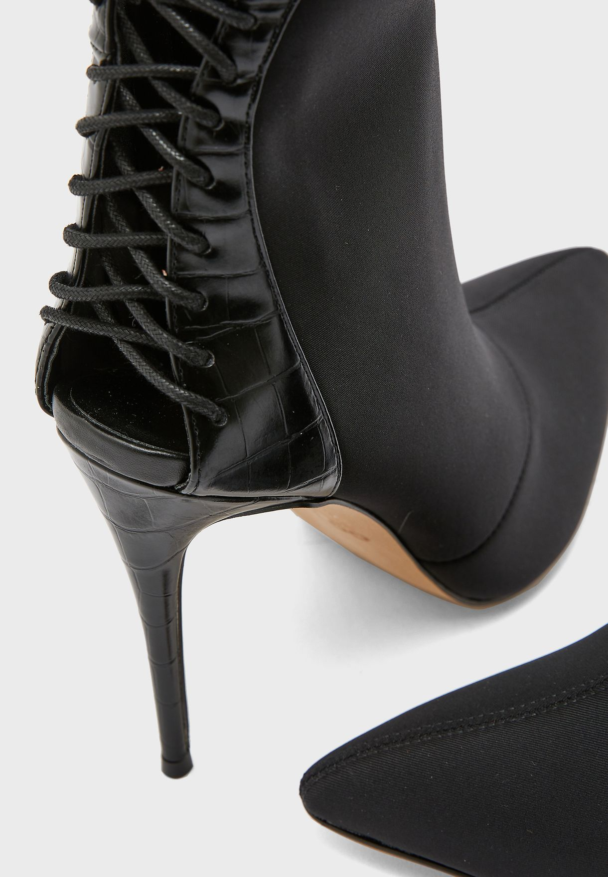 Closas High Heel Ankle Boot