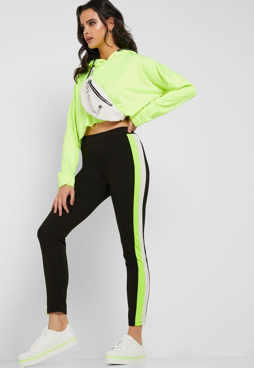 f18bc8741f5101 Contrast Side Paneled Leggings