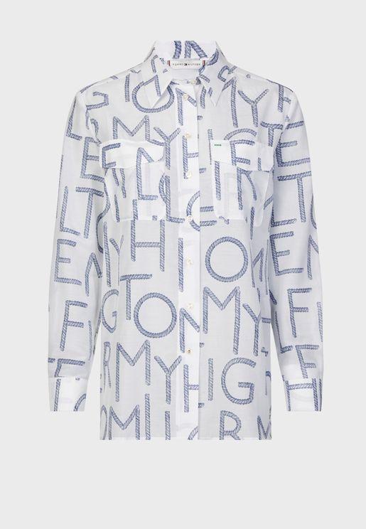 قميص مطبع بجيوب