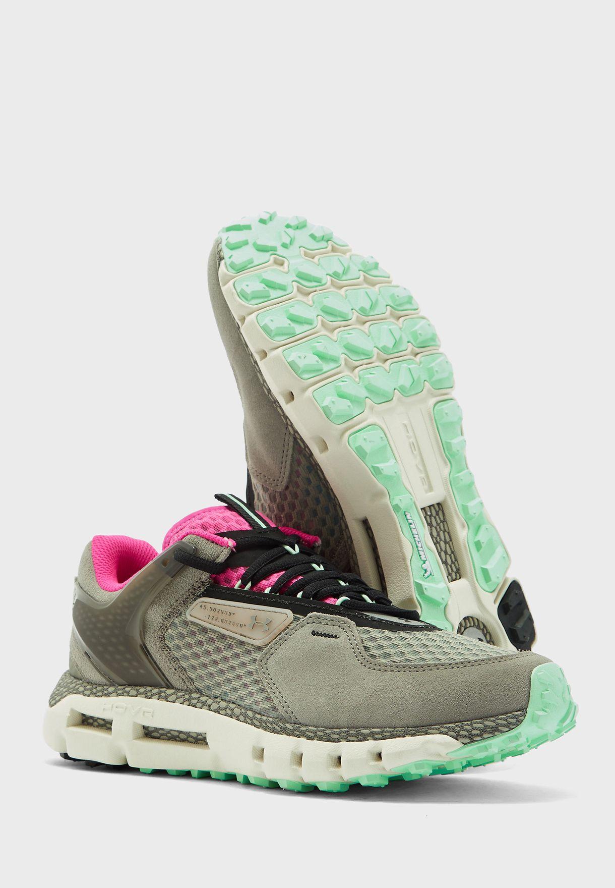 حذاء هوفر سوميت