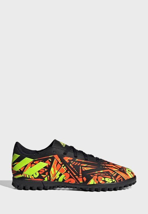 حذاء نيميزيز ميسي 4 للاسطح العشبية