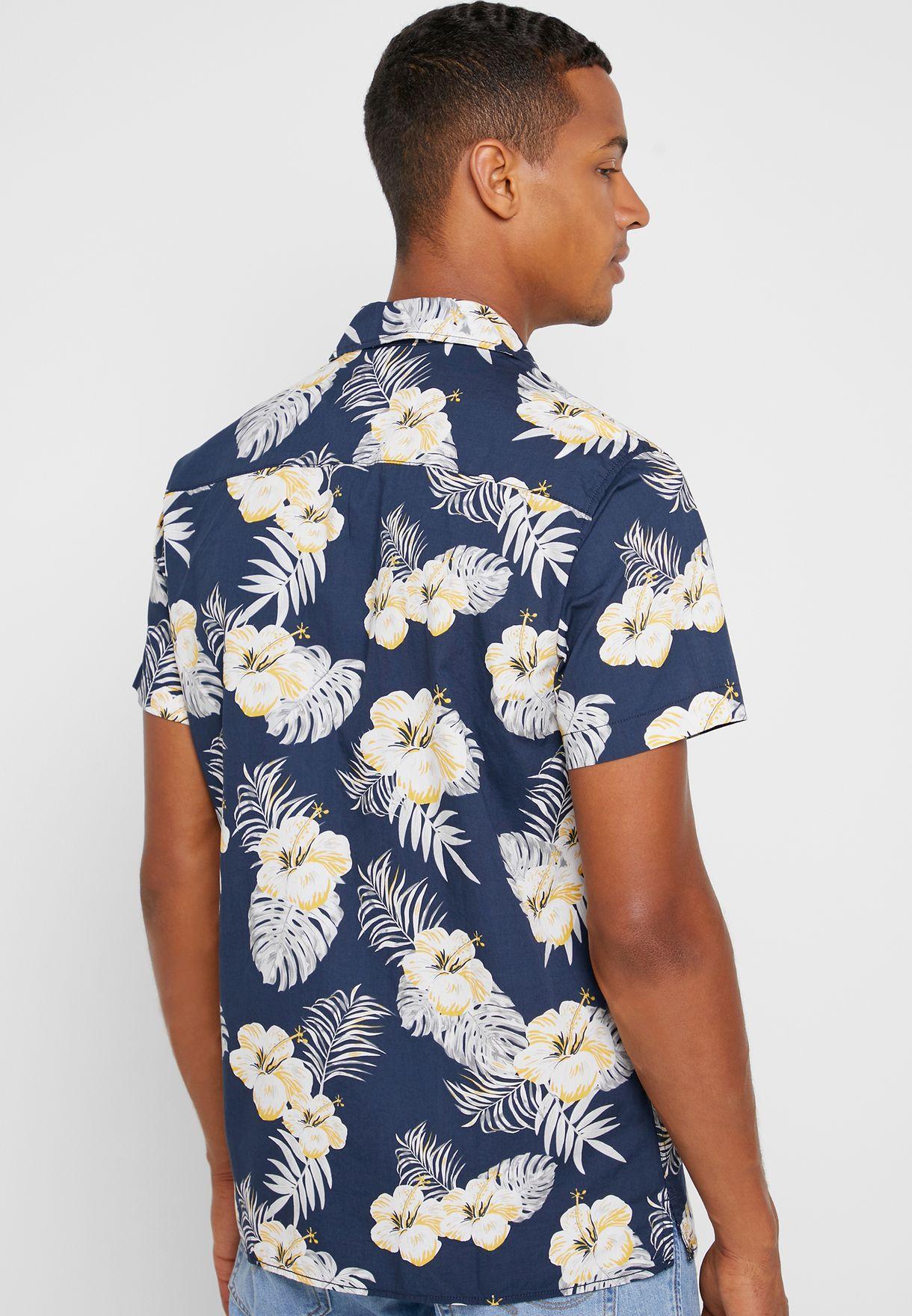 قميص سلم فيت بطبعات ازهار