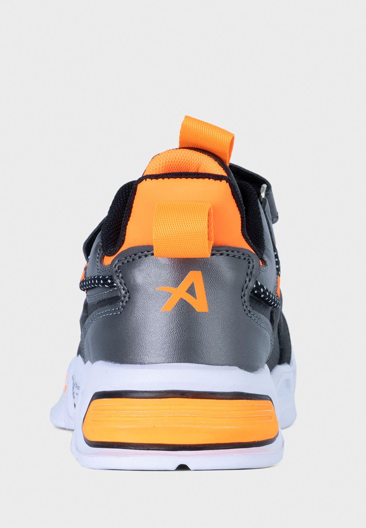 Kids Leo Sneaker