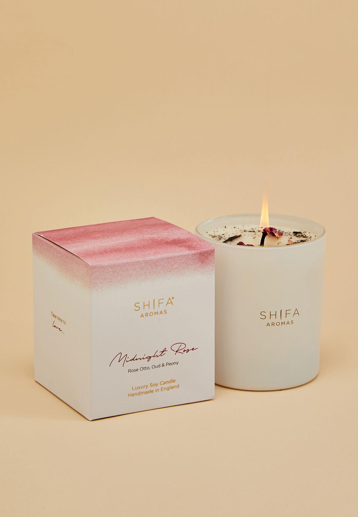 شمعة برائحة زيت الورد، الفاوانيا والعود