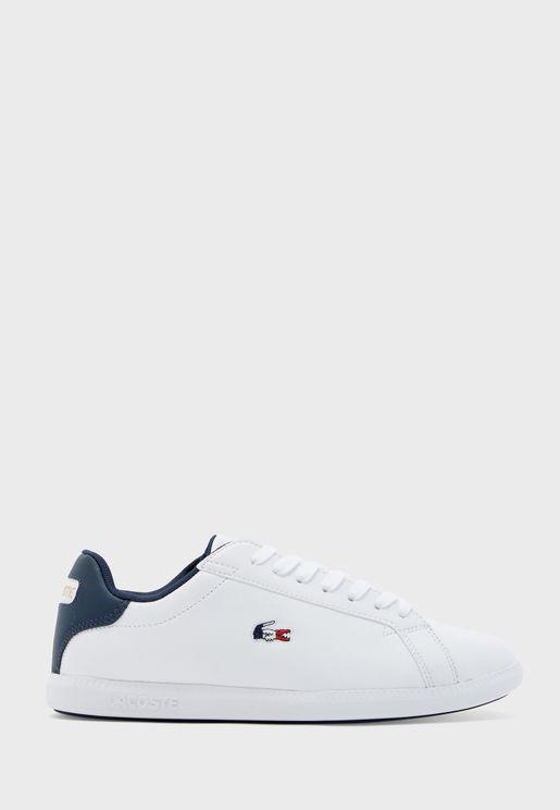Graduate Low Top Sneaker