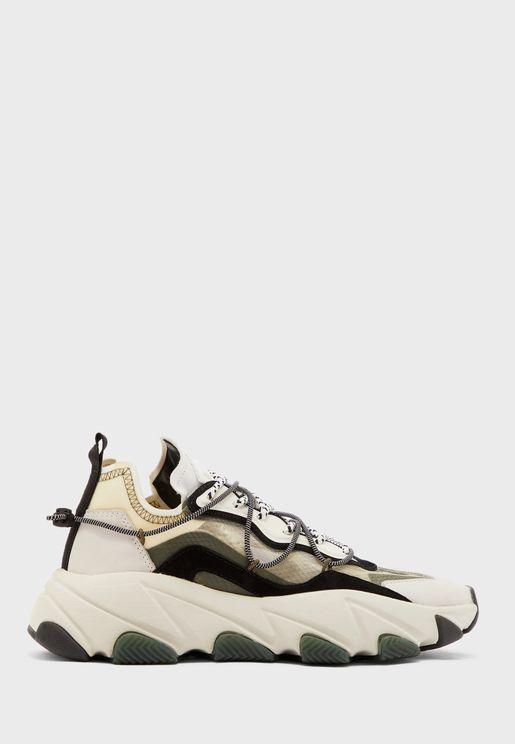 Extra Bis Low Top Sneaker