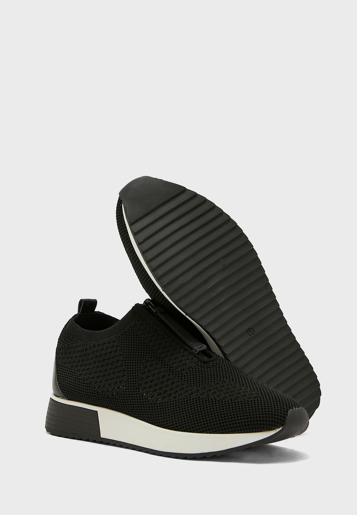 حذاء سهل الارتداء مزين بسحاب