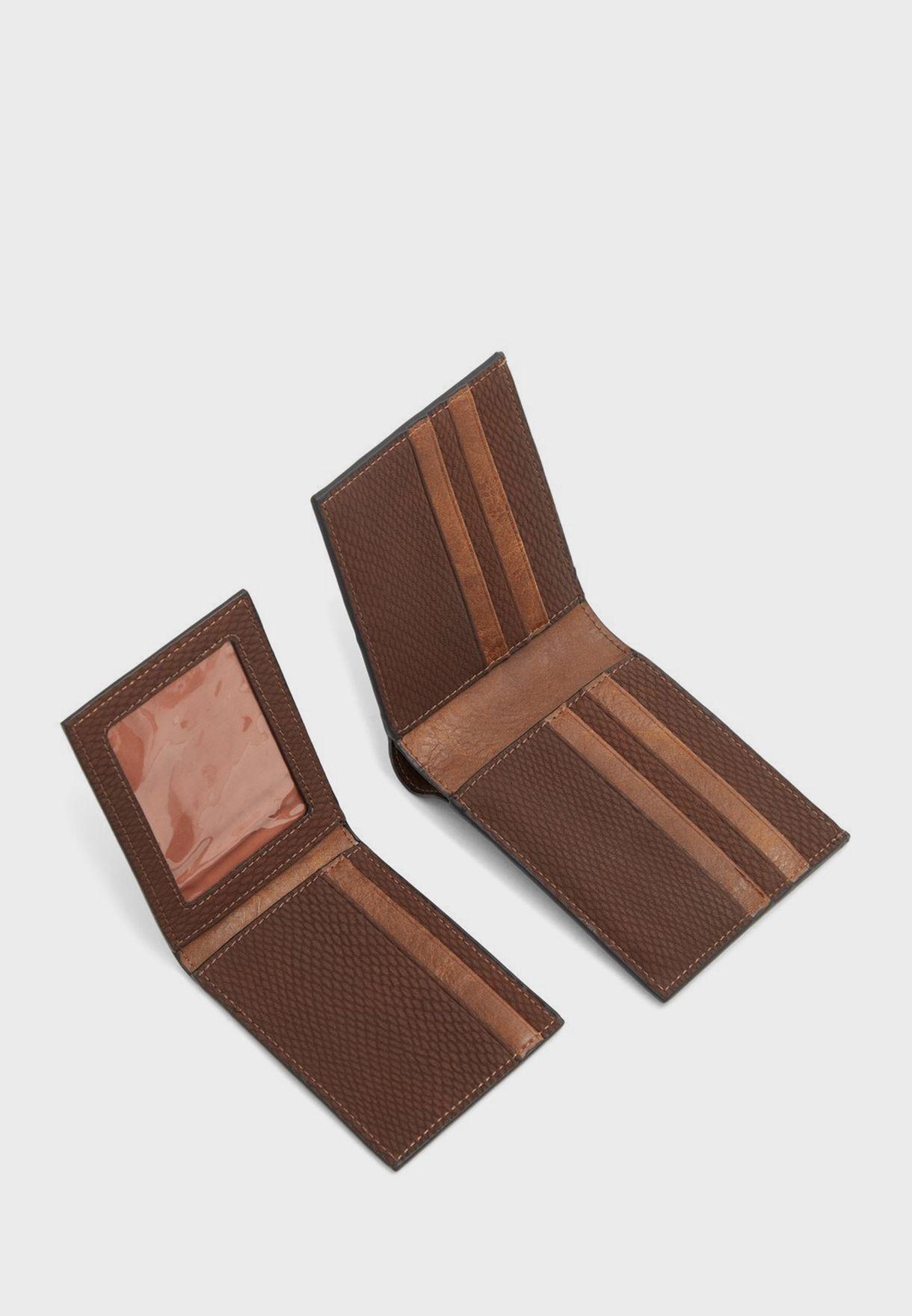 محفظة جلد بجيوب متعددة