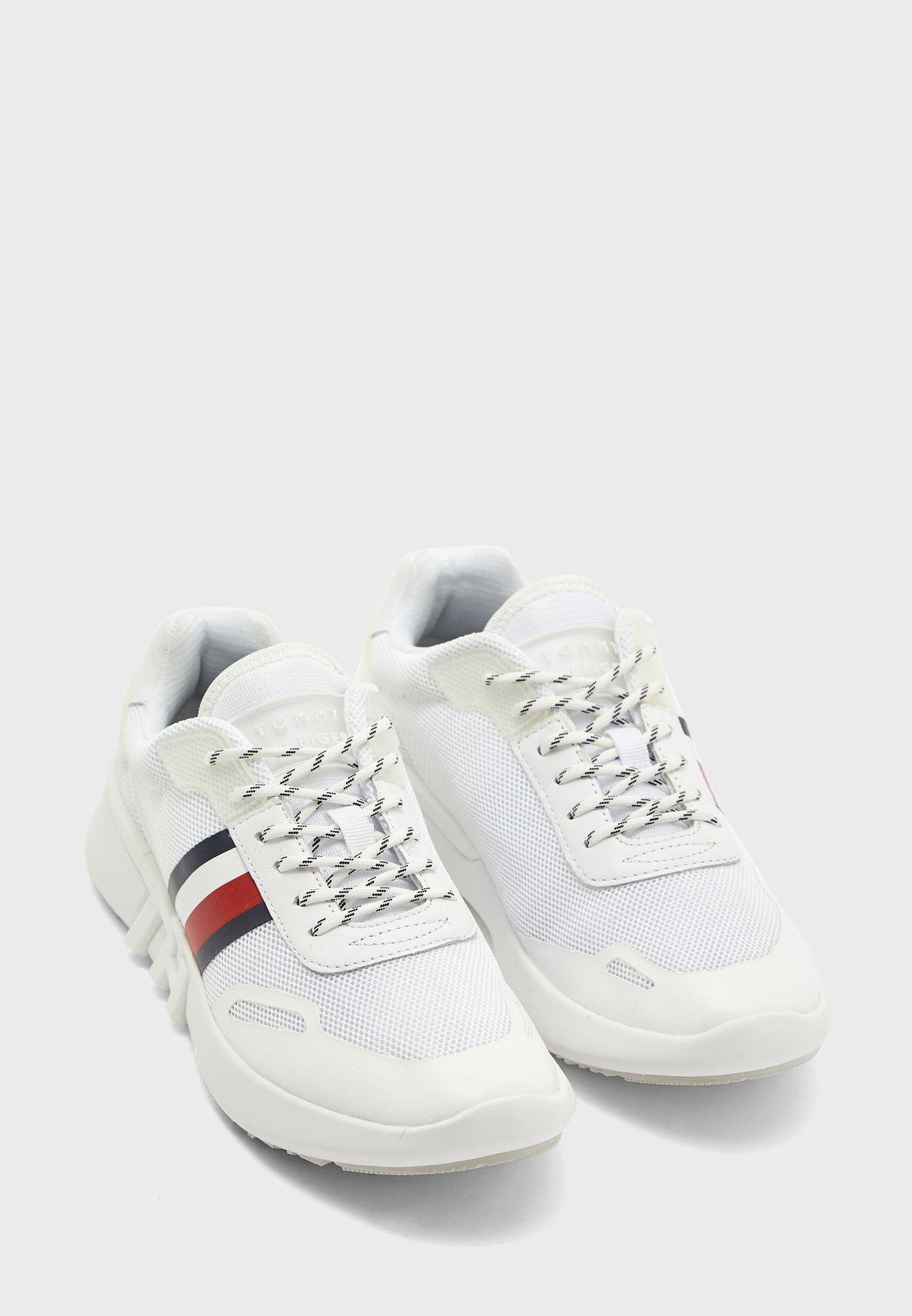 Runner Low Top Sneaker - YBS